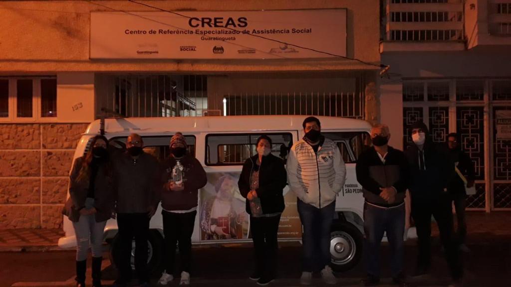 Pastoral Santa Dulce dos Pobres participa de ação que abriga moradores de rua no frio